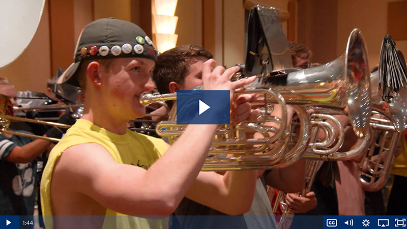 Performance travel video - Learn and Grow at Thanksgiving Parade of Bands